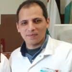 أخصائي جراحة عظمية orthopedic surgeon